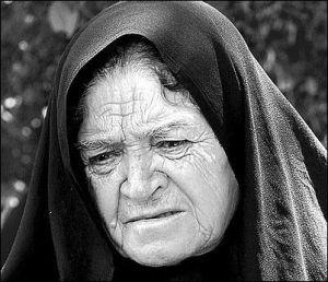 sad-old-woman